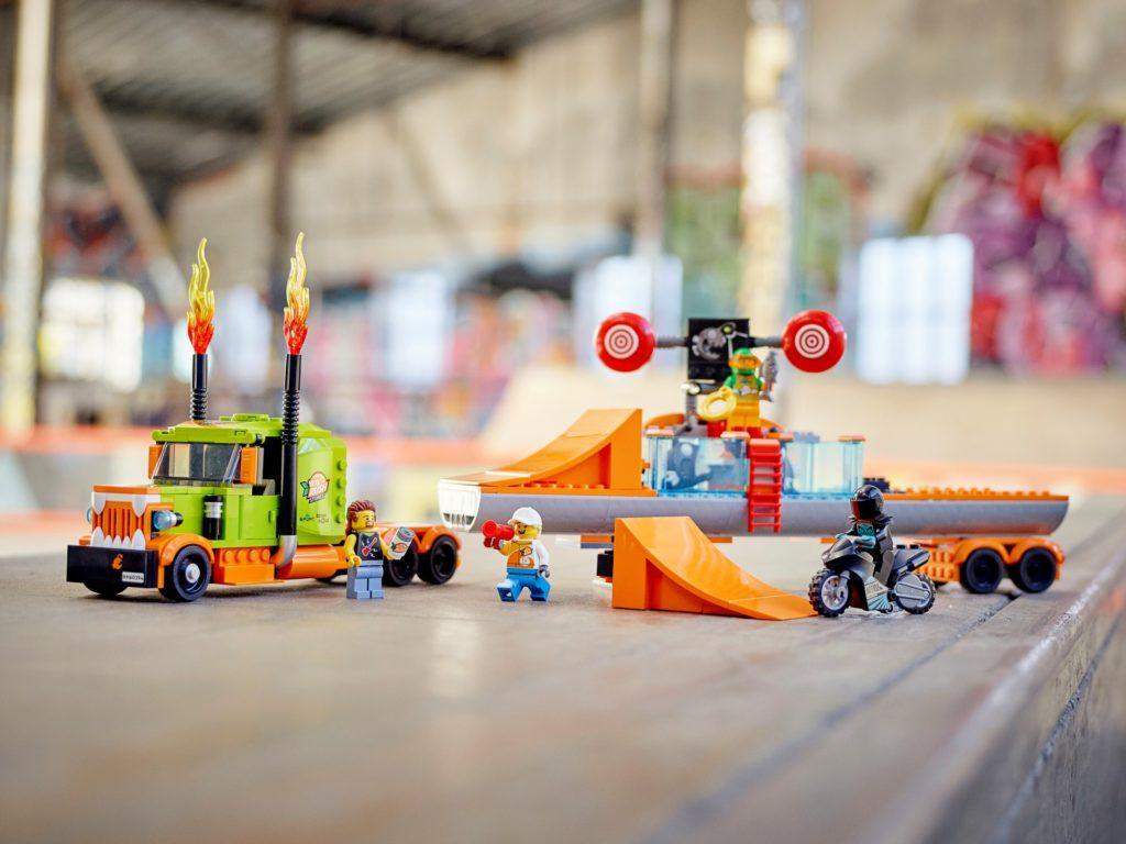 LEGO City 60294 Stuntshow-Truck   ©LEGO Gruppe