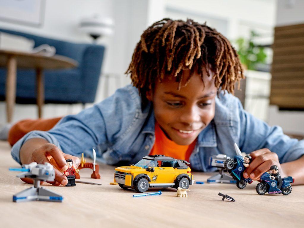 LEGO Marvel 76176 Flucht vor den zehn Ringen | ©LEGO Gruppe