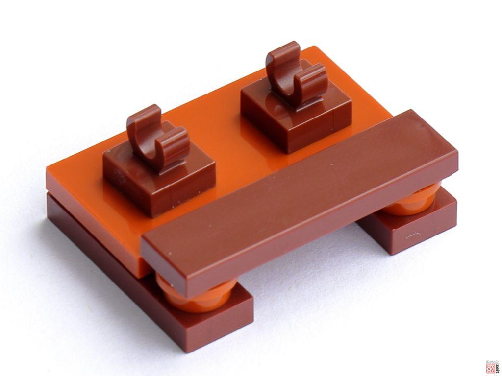 Schreibtischfüße und Sitzbank   ©Brickzeit