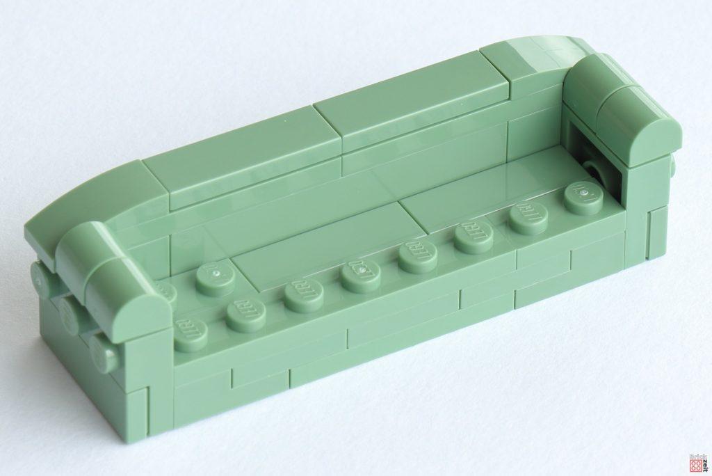 Ein chilliges Sofa gehört in die Junggesellenbude | ©Brickzeit