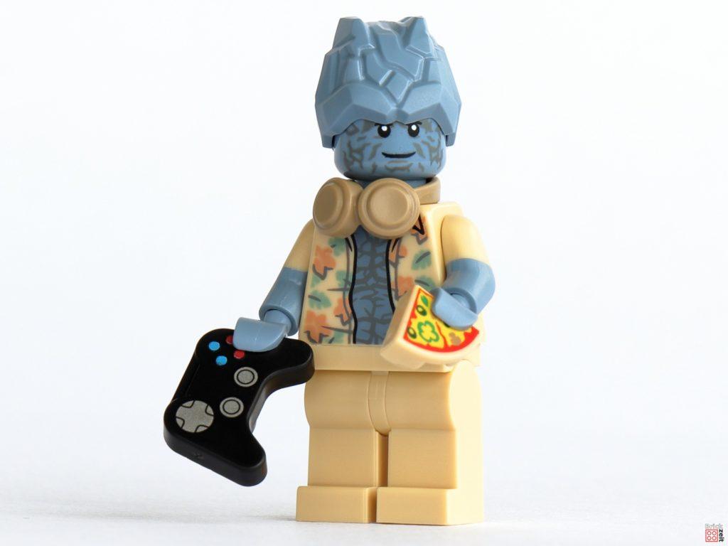 LEGO 76200 - Korg mit Headset, Gamepad und Pizza | ©Brickzeit
