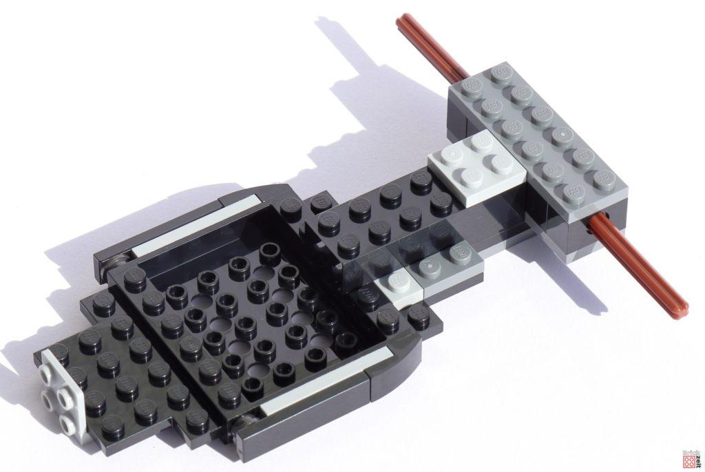 Grundplatte verbunden mit Hinterradachse   ©Brickzeit